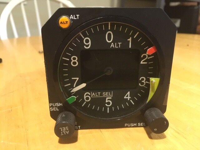 RVSM Digital Altimeter. RDDU