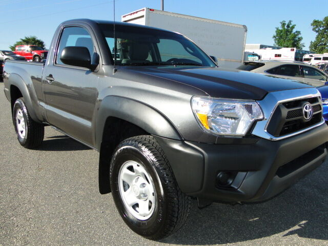 2013 toyota tacoma 4x4 regular cab rebuilt salvage title repaired light damage used toyota. Black Bedroom Furniture Sets. Home Design Ideas