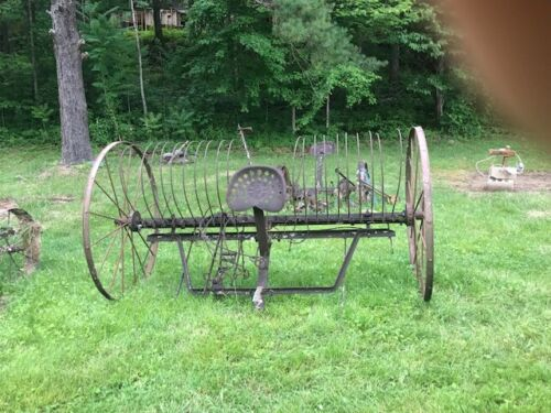 ANTIQUE VINTAGE OLD MULE HORSE FARM HAY RAKE LARGE AGRIC PICK UP MCKEE KY 40447