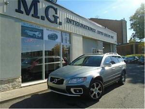 2012 Volvo XC70 T6 AWD w/Leather/Roof