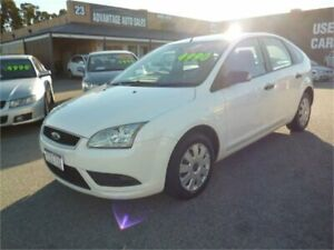 2008 Ford Focus LT CL White 5 Speed Manual Sedan Wangara Wanneroo Area Preview
