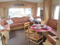 3 Bedroom Statuc Caravan FOR SALE. Brilliant starter Caravan. In good working order. Heacham Beach