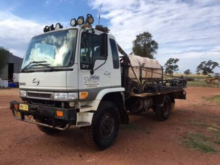 FOR SALE - Hino 4x4 27m Spray Rig