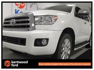 2014 Toyota Sequoia Platinum 5.7L V8, NAV, sunroof, backup cam,