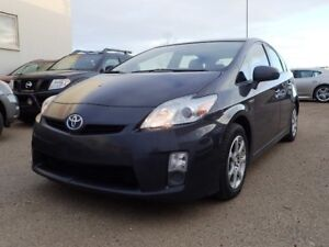 2010 Toyota Prius Power sunroof, back up camera and much more!!