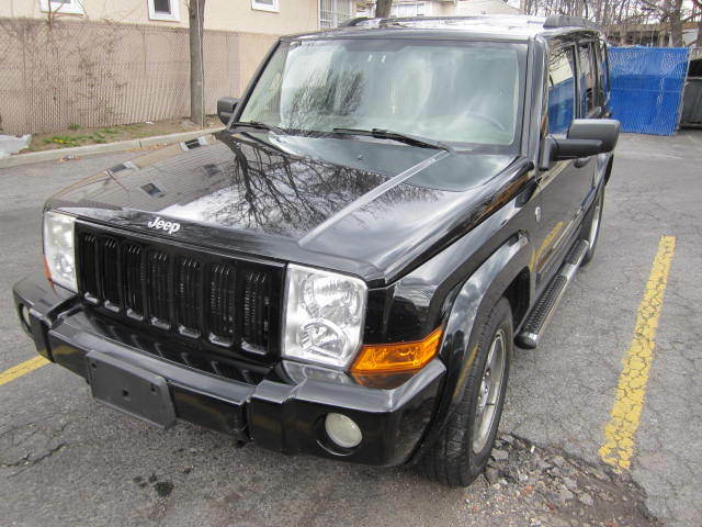 Imagen 1 de Jeep Commander black
