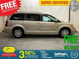 2013 Chrysler Town and Country Touring *Warranty*