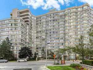 Fully Upgraded 2+1 Bed Condo, Fastest Growing Mississauga Core