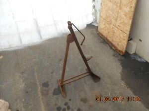 Antique folding bumper jack