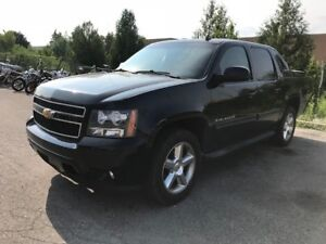 2011 CHEVROLET AVALANCHE LT|BACK UP SENSORS|REMOTE STARTER|4X4