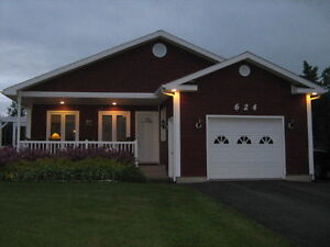 House with large lot (or making it two) facing Bay of Chaleur