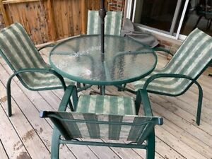Patio table with 4 Chairs and Umbrella