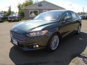 2016 Ford Fusion SE | AWD | Leather | Navigation | Sunroof