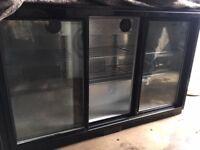 Polar GL006 Triple Sliding Door Bottle Cooler (Black) Capacity 270 x 330ml bottles