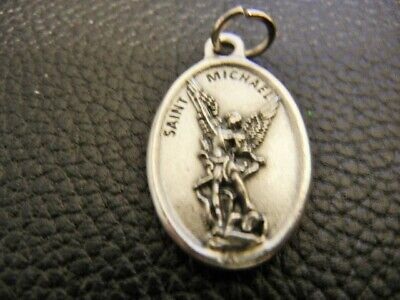 Royal Portraits Orphan Charity Fund Historical Albert and Elizabeth Small Pendant RARE Commemorative Medal King and Queen of Belgium