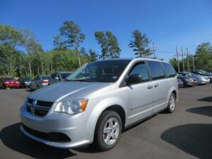 GREAT DEAL! $107 BI WKLY OAC! 2011 Dodge Grand Caravan SE