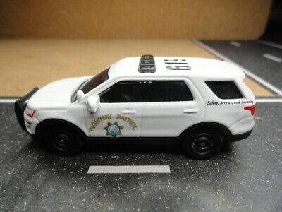 MATCHBOX POLICE CALIFORNIA HIGHWAY PATROL CHP FORD EXPLORER CUSTOM UNIT