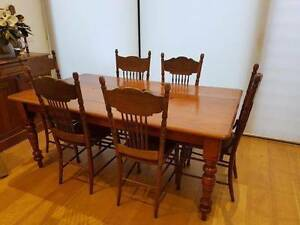 Antique table & 6 x Canadian spindle back chairs South Yarra Stonnington Area Preview