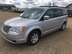 09 Chrysler Town & Country PST Paid