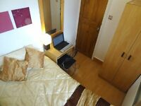 Nicely Priced Room in Stratford 6 mins walk Maryland Station next stop liverpool St. inc LCDTV WiFi