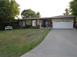 4 level backsplit with double attached garage in Executive AREA