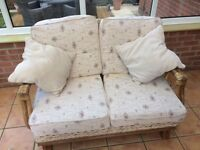 Conservatory sofa and 2 arm chairs, free to collector!!