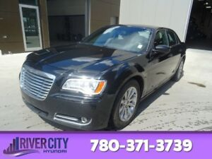 2013 Chrysler 300 TOURING Leather,  Heated Seats,  Panoramic Roo