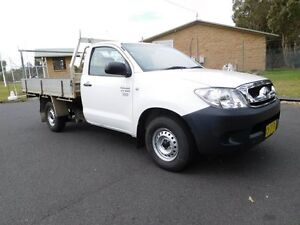 2006 Toyota Hilux TGN16R MY07 Workmate White 5 Speed Manual Utility Ballina Ballina Area Preview