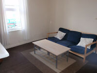 Spacious one bedroom self-contained flat on London Road S2