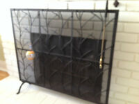 Fireplace screen / Grille de foyer