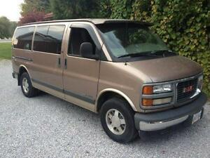 2002 GMC Savana two tone Minivan, Van