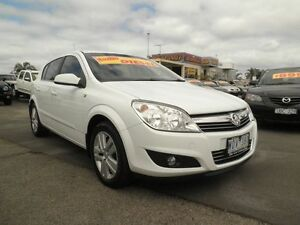2008 Holden Astra AH MY09 CDTi White Nova 6 Speed Sports Automatic Hatchback Heatherton Kingston Area Preview