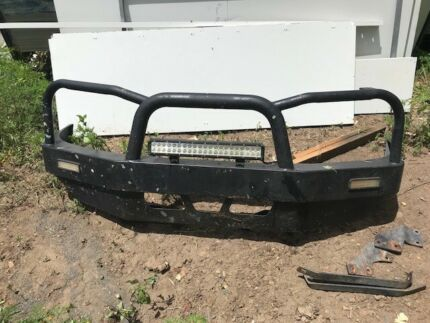 Bt50 steel bullbar