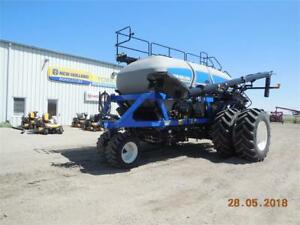 New Holland P4460 Air Cart