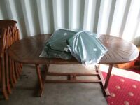 EXTENDABLE 8 SEATER PATIO TABLE **FIRST £275**