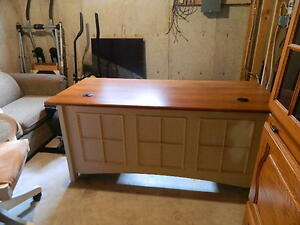 REDUCED PRICE!!!Executive Desk with Swivel Chair - MOVED NO ROOM