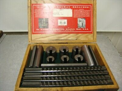 Dumont Minute Man Broach Set No. 40-a Large Set