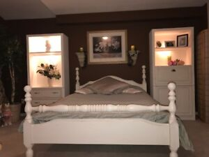 White Refinished Queen Cannon Ball Bed Frame