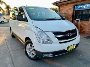 2009 Hyundai iMAX TQ-W White 4 Speed Automatic Wagon Hamilton Newcastle Area Preview