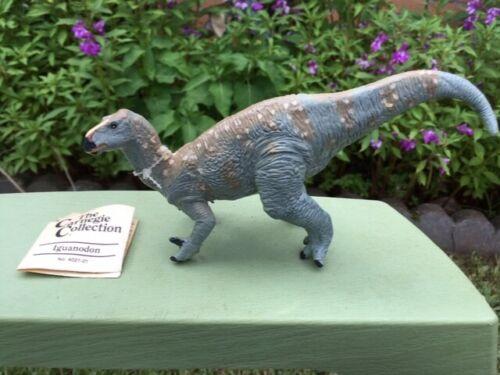 IGUANODON by Safari Ltd/ Carnegie/ 402101/ toy/dinosaur/ RETIRED