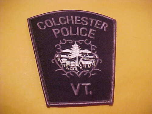 COLCHESTER VERMONT POLICE PATCH  SHOULDER SIZE UNUSED