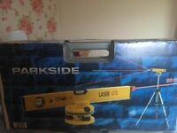 Parkside Electronic spirit level with tri pod stand