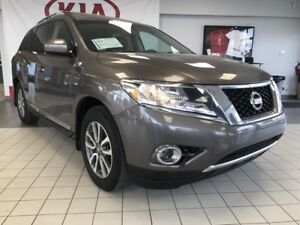 2014 Nissan Pathfinder SL 4WD V6 *REARVIEW CAMERA/LEATHER HEATED