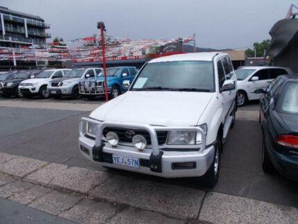 1999 Toyota Landcruiser FZJ105R GXL (4x4) White 4 Speed Automatic 4x4 Wagon Fyshwick South Canberra Preview