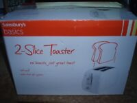 TOASTER 2 x SLICE - BRAND NEW SEALED /BOXED - WHITE - only £8