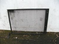Metal Gate with accessories . Size : H=92cm ,W=120cm .