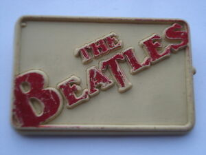 C1960S-VINTAGE-THE-BEATLES-PLASTIC-PIN-BADGE