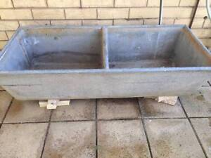Old Concrete Dual Laundry Tub Inglewood Adelaide Hills Preview