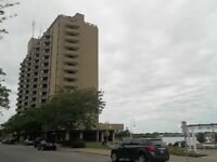 1 FLOOR CONDO LIVING IN THE UP & COMING DOWNTOWN SARNIA