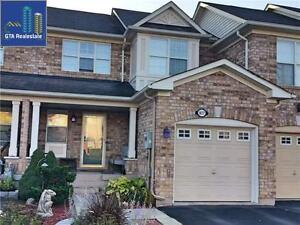 3 BedRoom Town House in Milton's Most Popular Beaty Area!